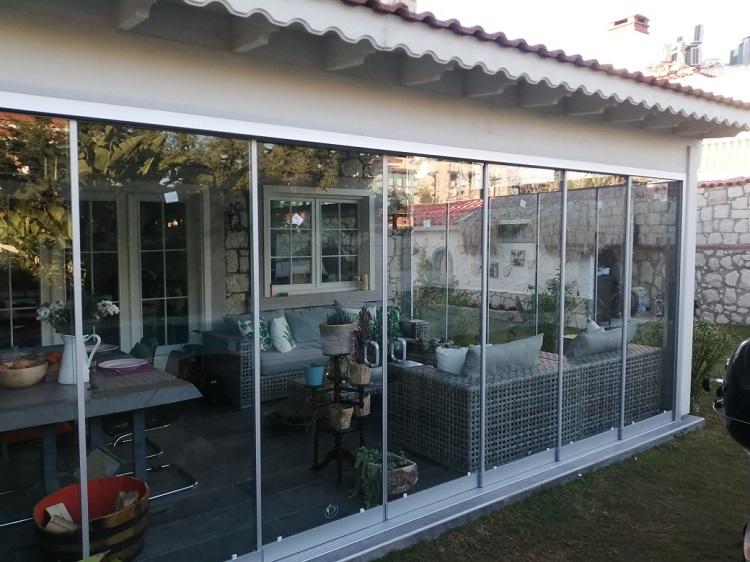 aliağa eşiksiz sürme cam balkon