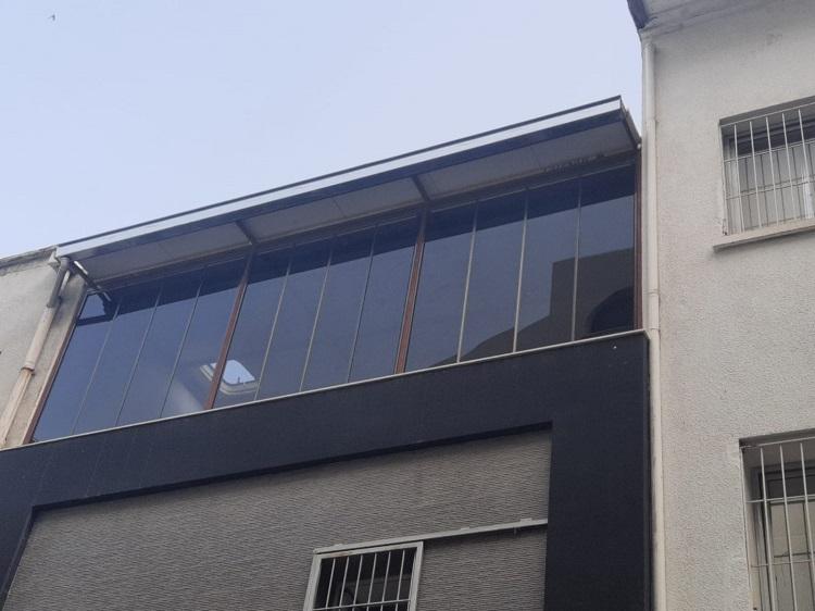 balçova balkon camlama