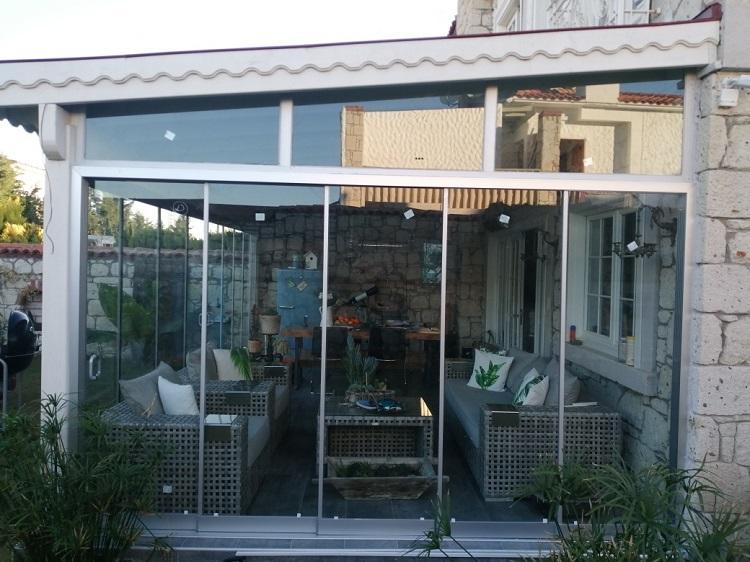 cam balkon çiğli izmir