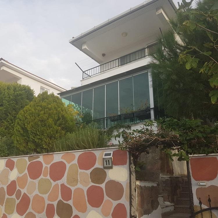 dikili cam balkon uygulaması 4