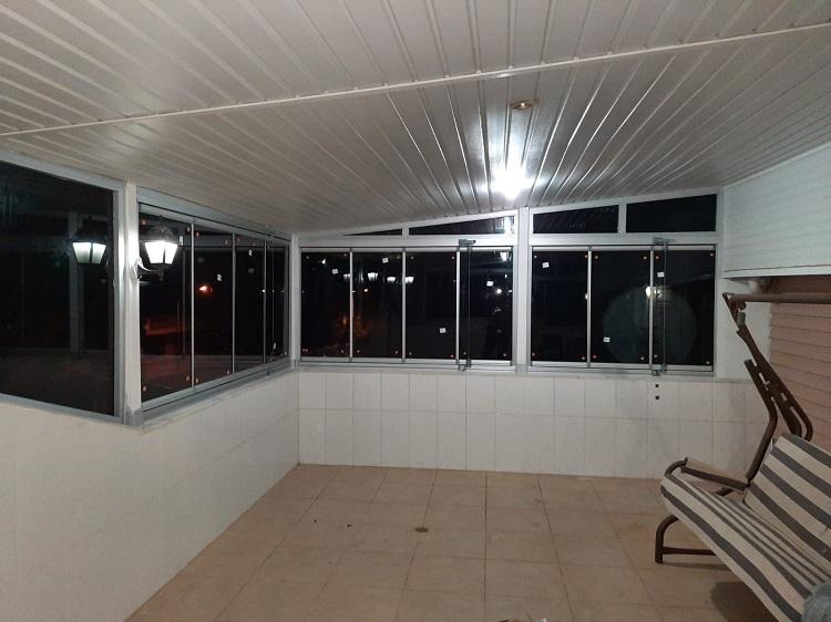 dikili cam balkon uygulaması 3