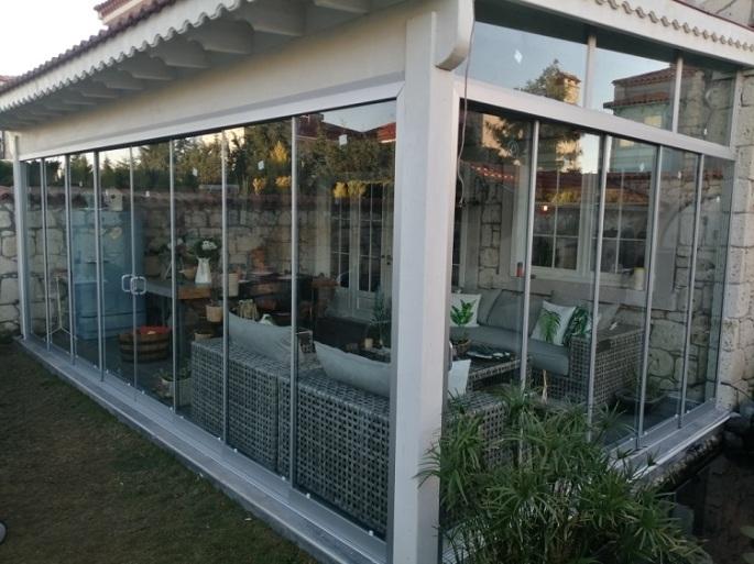 dikili cam balkon uygulaması