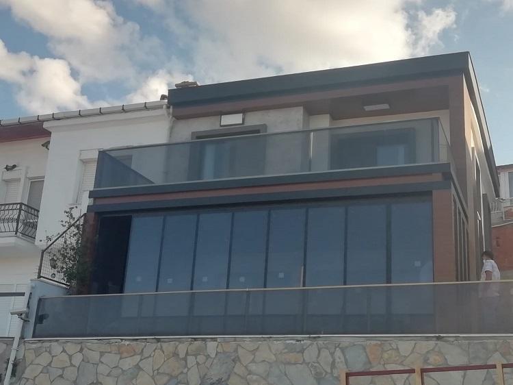 aliağa katlanır cam balkon